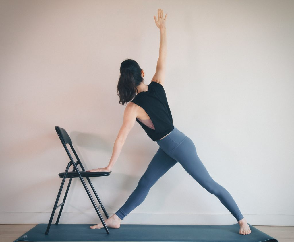 Parivrtta Trikonasana (Twisted triangle) — Osteoporosis
