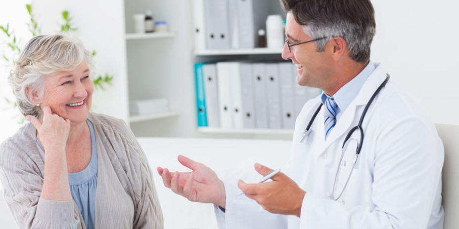 Elderly woman consults doctor