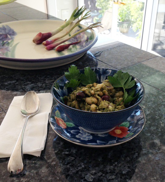 Cannellini Beans with Basil Pesto and Kalamata Olives