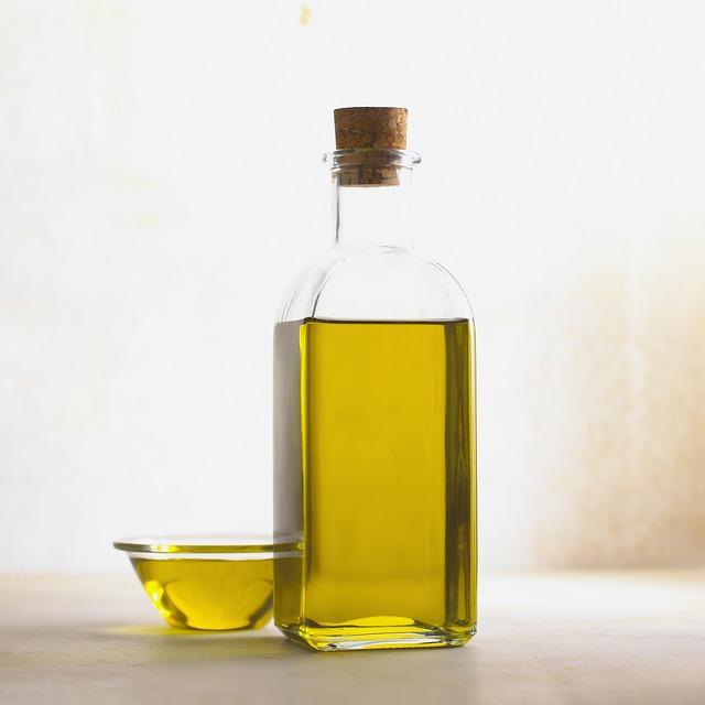 Olive oil - source of Vitamin K1