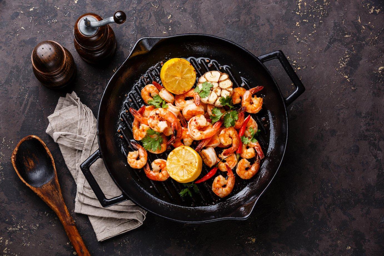 shrimp in a skillet (